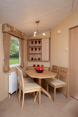 Dining room in th Willerby Signature