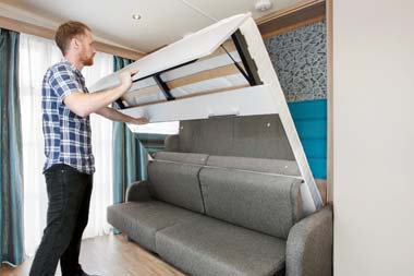 S-POD 2-berth pull-down bed