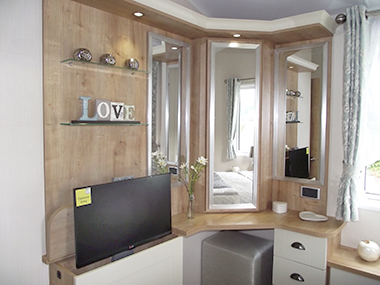 Willerby Vogue - Dressing Unit