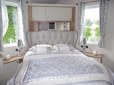 Willerby Vogue - Master Bedroom