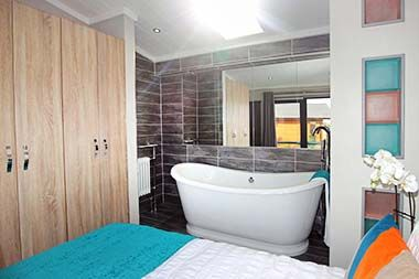 Tingdene Kudos Roll Top Bath