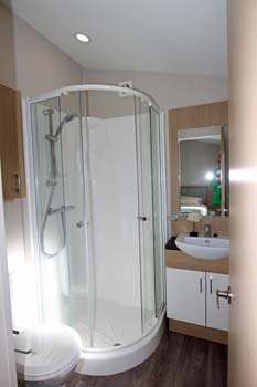 Willerby Pinehurst Lodge Shower