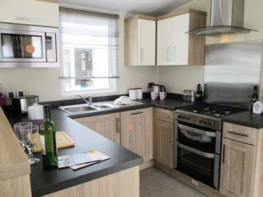 Willerby Sheraton Kitchen