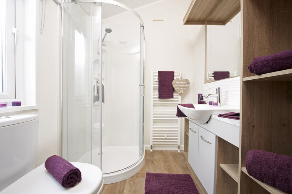 Atlas Laburnum Twin Room En Suite Wide