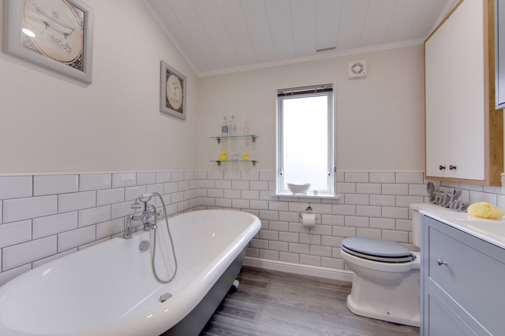 Willerby Mulberry Bathroom