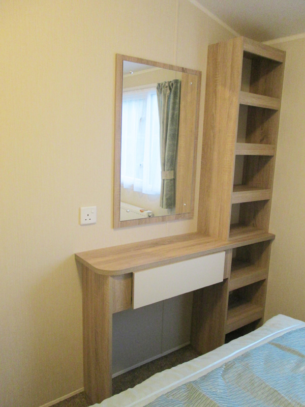 Willerby Lymington Master Vanity