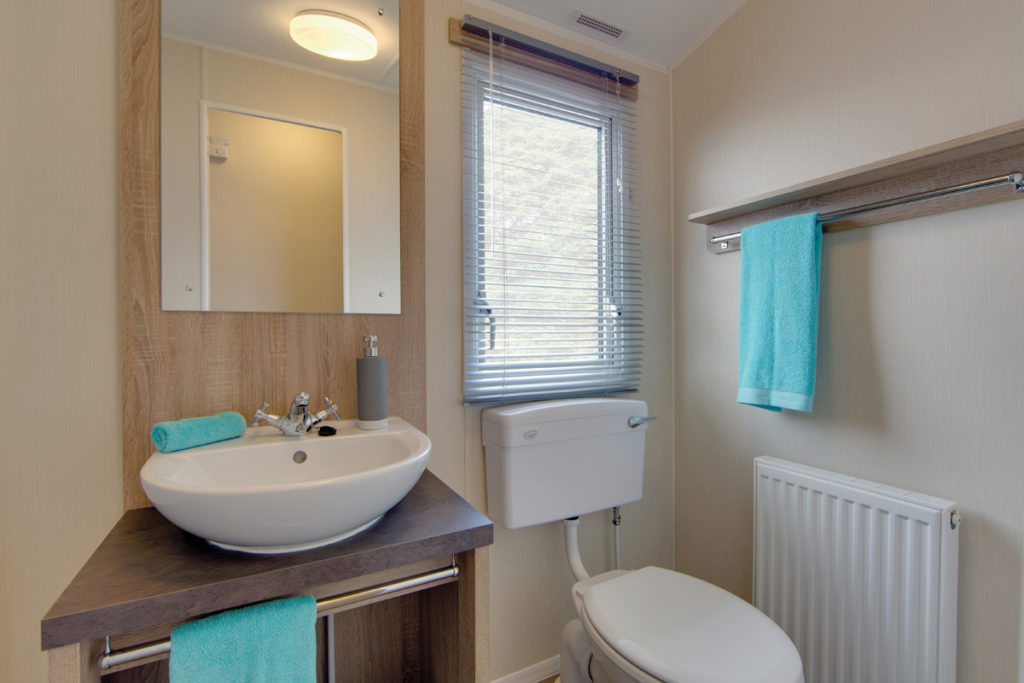 Willerby Lymington Shower room
