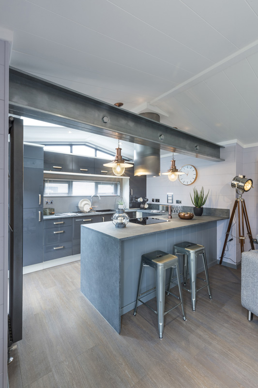 Tingdene Kudos Kitchen Port