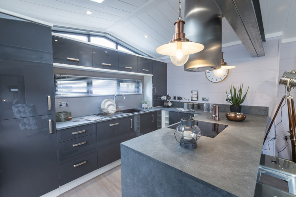Tingdene Kudos Kitchen Wide