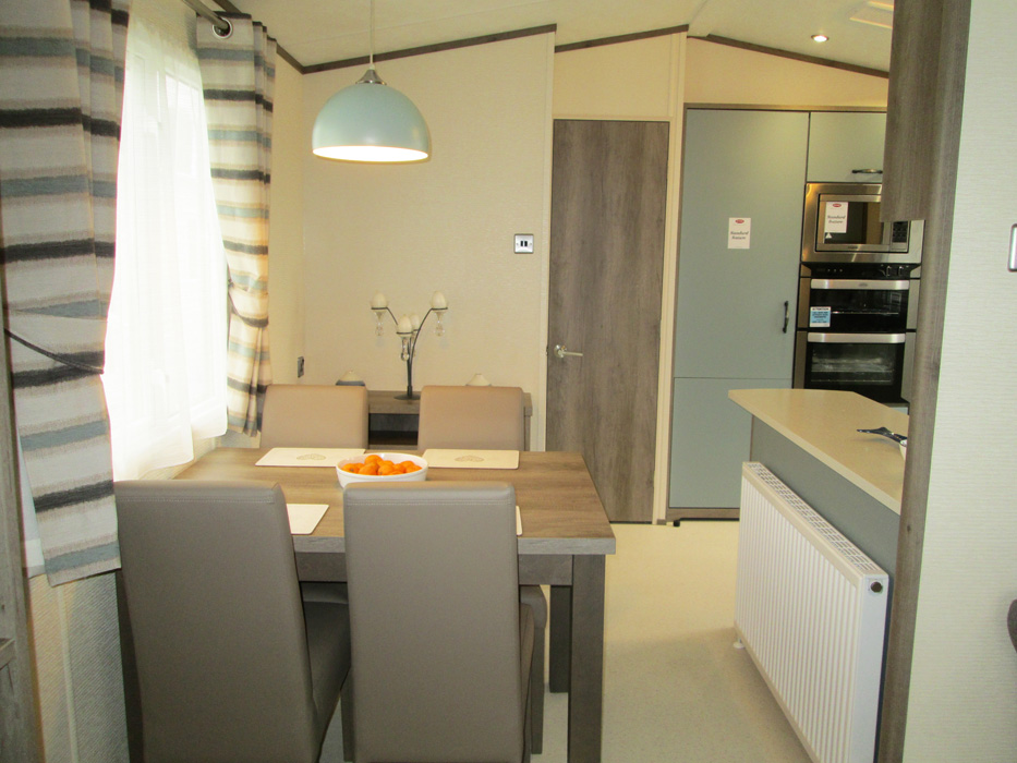 Carnaby Hainsworth Dining and Kitchen
