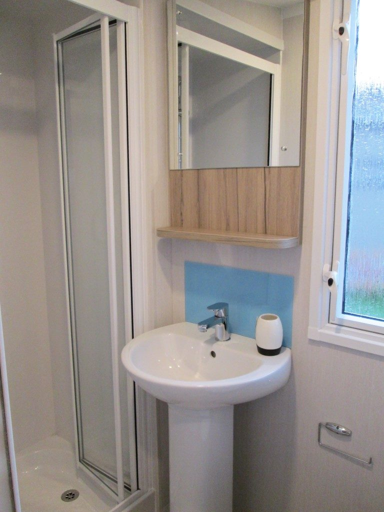 Swift Atlantique Shower Cubicle