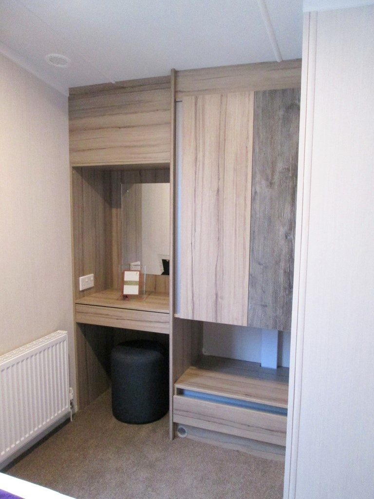Swift Atlantique Vanity & Wardrobe