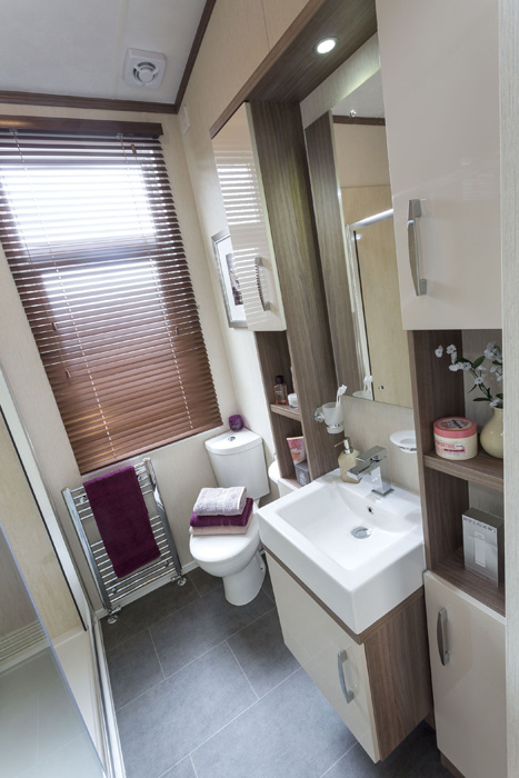 Pemberton Arrondale En Suite Bathroom