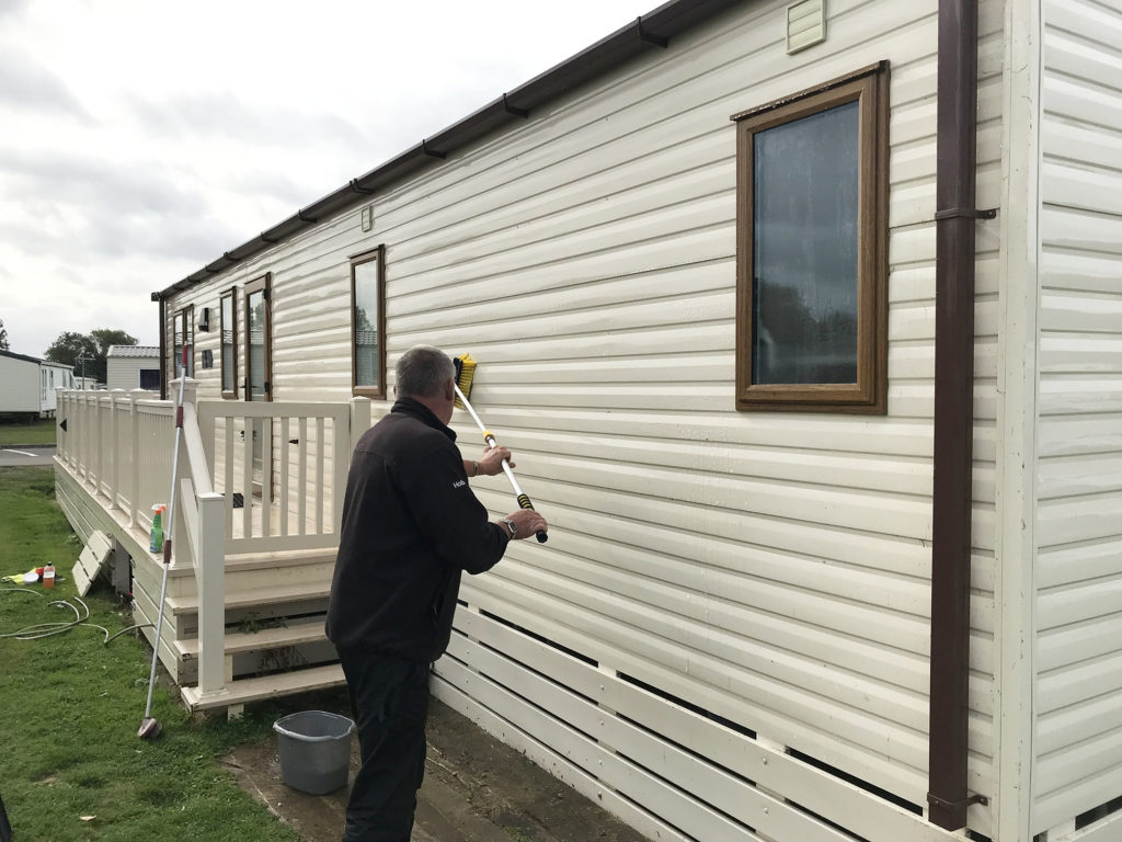 static caravan cleaning