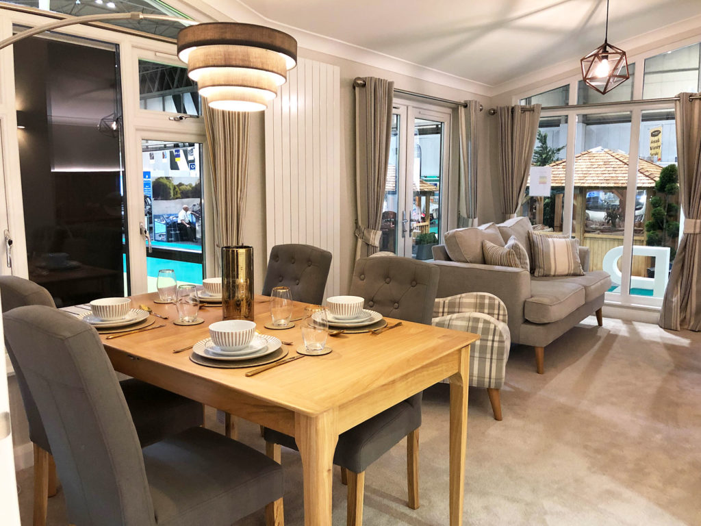 2019 Willerby Delamere dining table