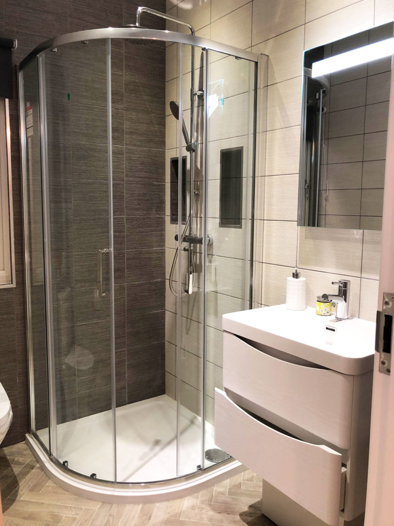 2019 Willerby Delamere bathroom