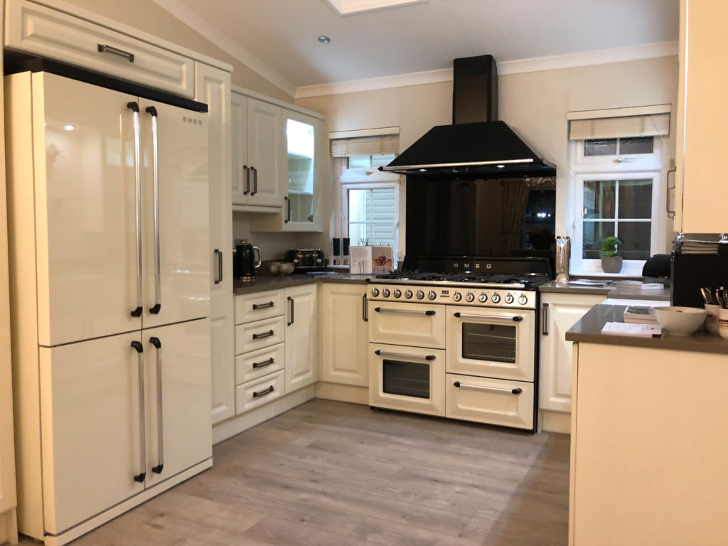 2019 Omar Heritage Park Home kitchen