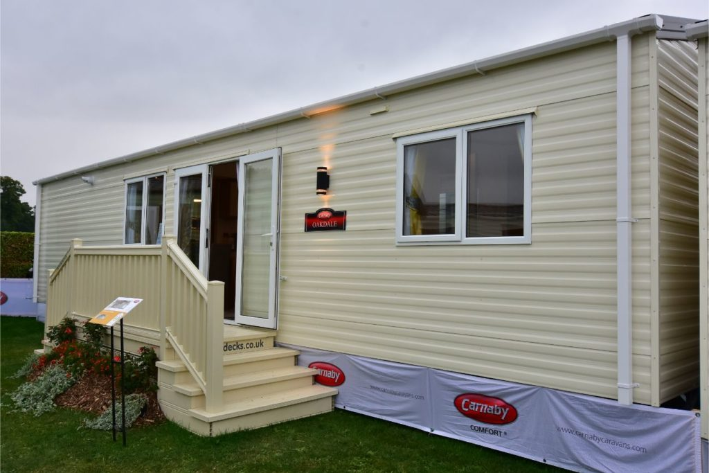 Carnaby Oakdale Exterior