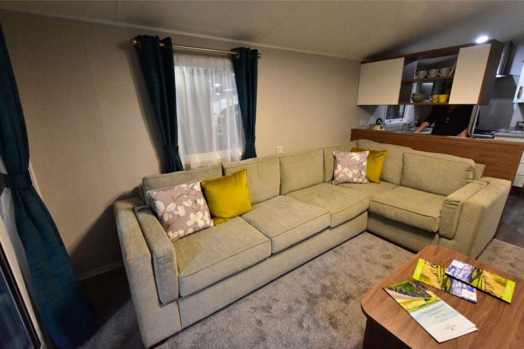 Willerby Avonmore Lounge L-shaped Sofa