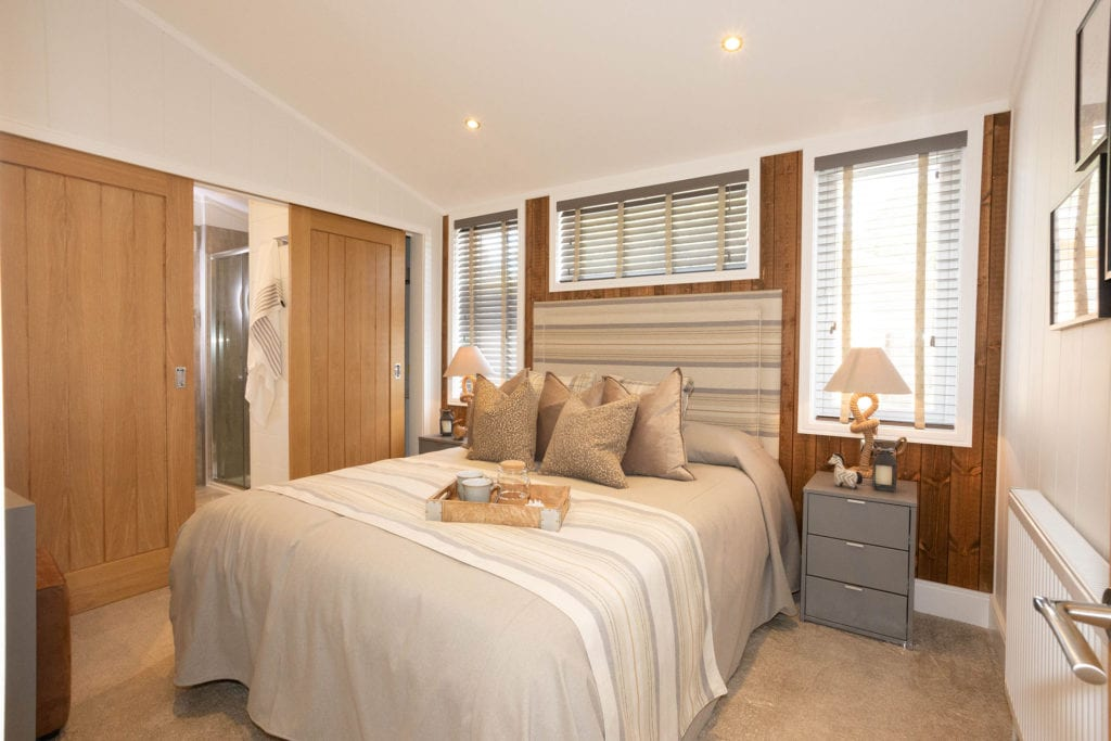 2020 Prestige Samphire lodge master bedroom